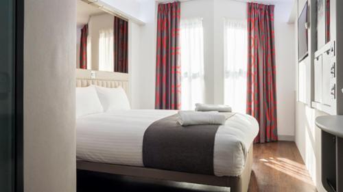 Hotel Tune Hotel - London, Canary Wharf en Londres   Viajes