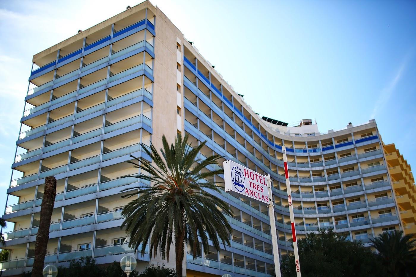 Hotel hotel apartamentos tres anclas en gand a viajes carrefour - Apartamentos baratos gandia ...