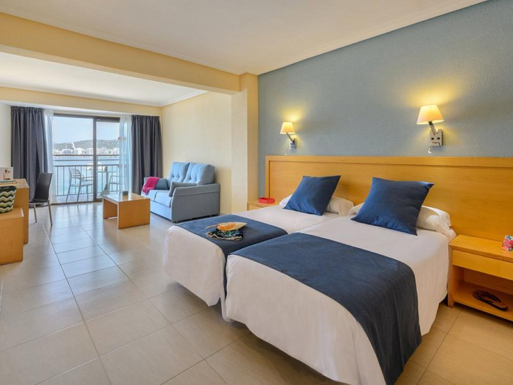 Hotel S'Estanyol 3*